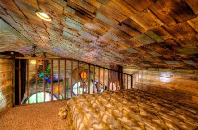 Castelul Soarelui: Casa de vacanta inspirata din Stapanul Inelelor - Poza 8