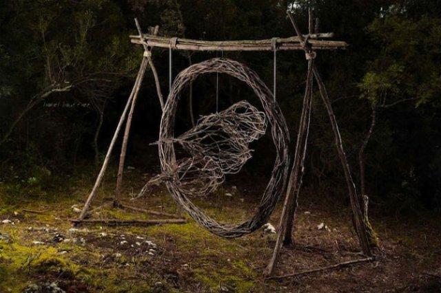 Jocul reinnoirii: Sculpturi mistice in natura, pentru natura - Poza 2