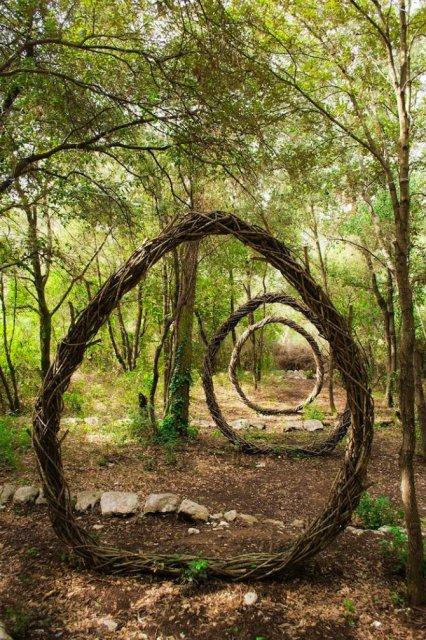 Jocul reinnoirii: Sculpturi mistice in natura, pentru natura - Poza 4