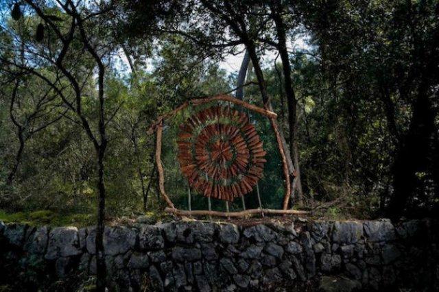 Jocul reinnoirii: Sculpturi mistice in natura, pentru natura - Poza 6