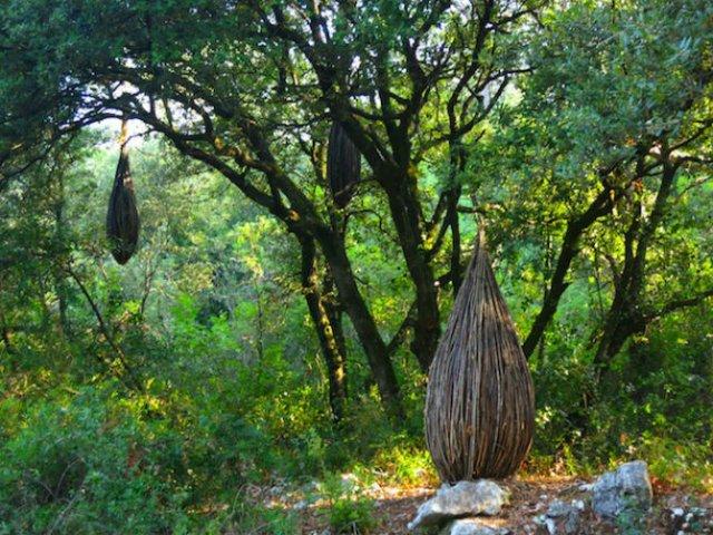 Jocul reinnoirii: Sculpturi mistice in natura, pentru natura - Poza 8