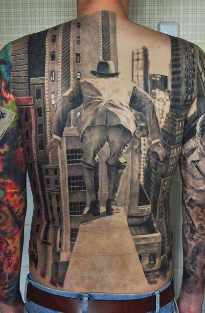 Tatuaje 3D realiste: Cerneala care prinde viata cand simte miros de pi - Poza 4