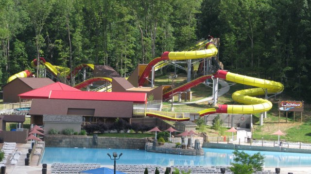 Pentru clipe racoroase: 20+ Parcuri acvatice spectaculoase - Poza 22
