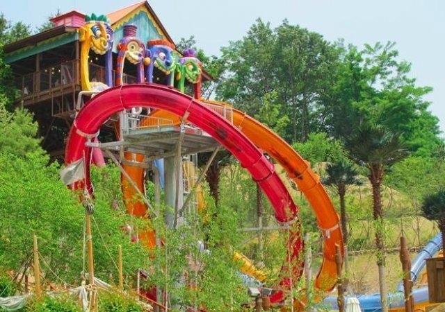 Pentru clipe racoroase: 20+ Parcuri acvatice spectaculoase - Poza 23