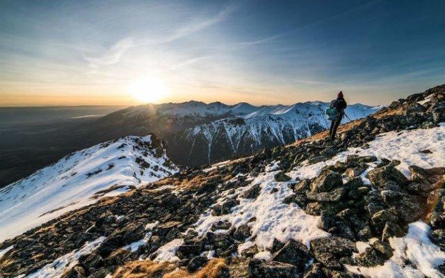 In doi, sub cerul liber: Intalnire pe varful muntilor - Poza 10