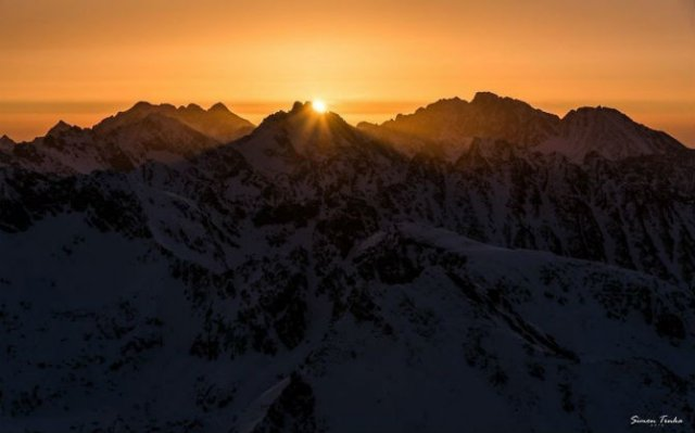 In doi, sub cerul liber: Intalnire pe varful muntilor - Poza 6