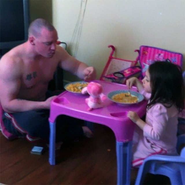 Cei mai tari tati din lume, in 14 fotografii hazlii - Poza 3