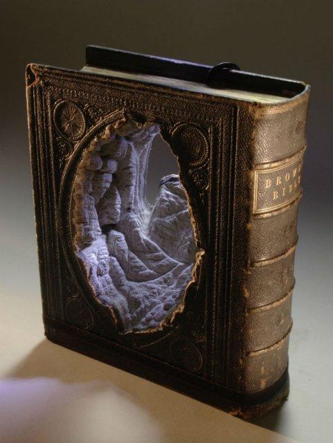Sculptura in carti vechi: Arta care da o noua viata batranelor pagini - Poza 4