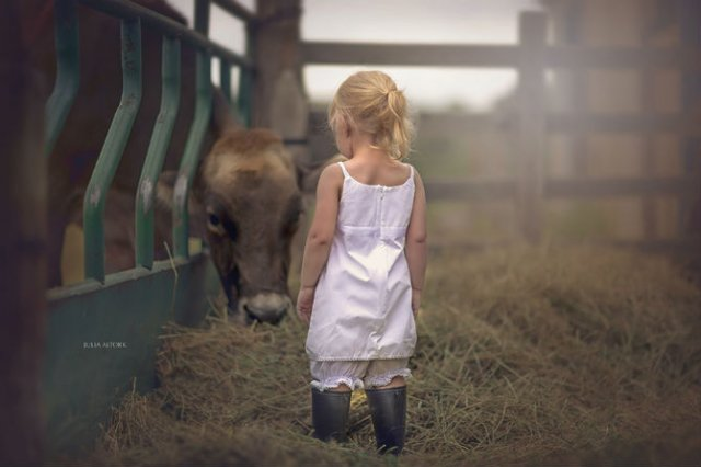 Animale si copilasi, intr-un pictorial superb - Poza 14