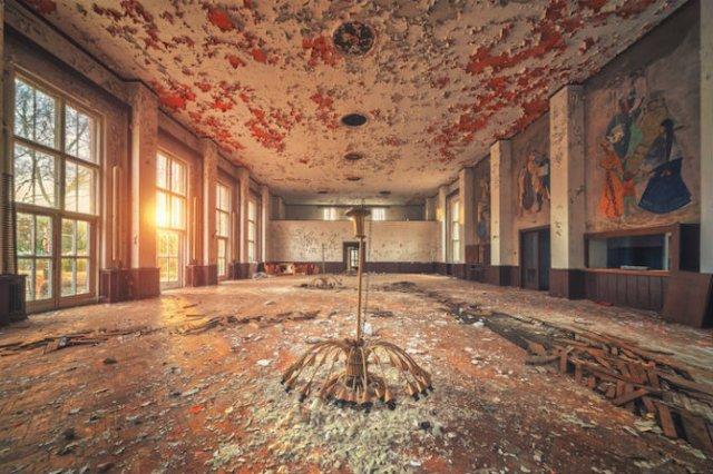 Locuri abandonate superbe, in poze fascinante - Poza 7