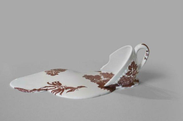 Balti de portelan: Piese din ceramica topite iscusit - Poza 1