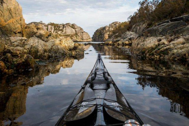 Un fotograf, un caiac si cele mai frumoase peisaje din lume - Poza 11