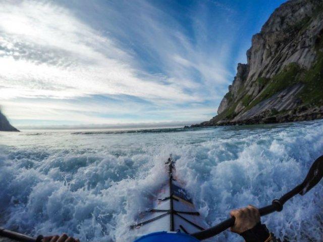 Un fotograf, un caiac si cele mai frumoase peisaje din lume - Poza 12