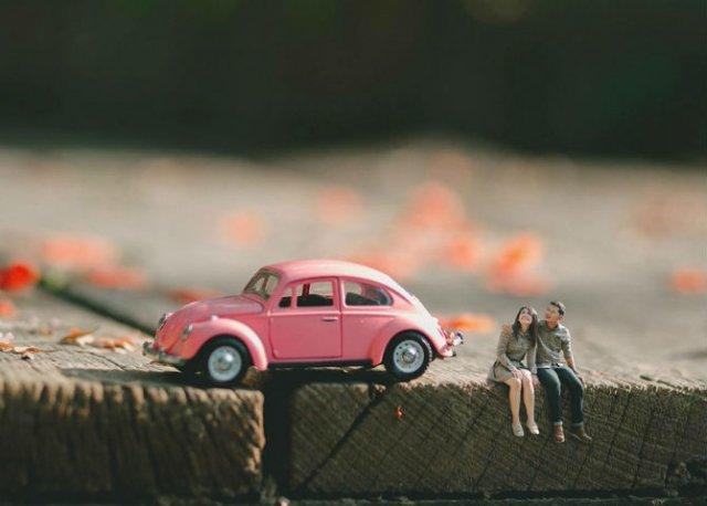 Cupluri miniaturale, intr-un pictorial suprarealist - Poza 2