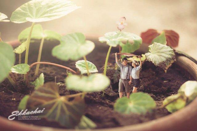 Cupluri miniaturale, intr-un pictorial suprarealist - Poza 3