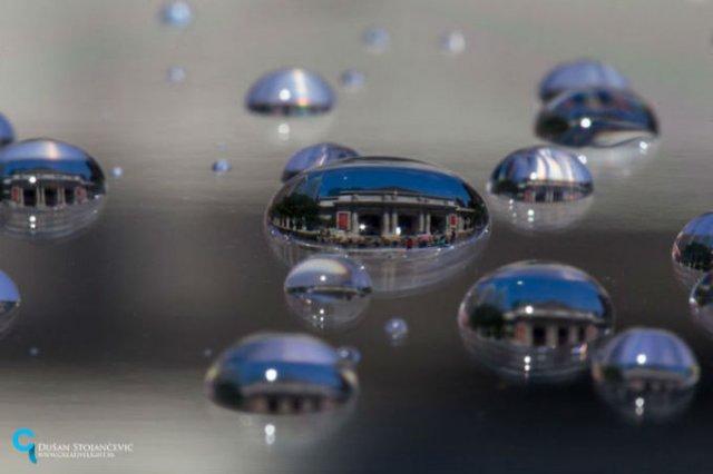 Lumea, in picaturi de apa