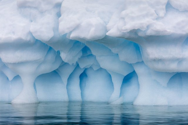Grandoarea ghetarilor din Antarctica - Poza 1