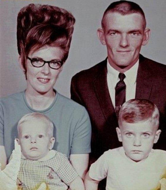 Marimea a contat mereu: Coafuri supradimensionate din anii `60 - Poza 1