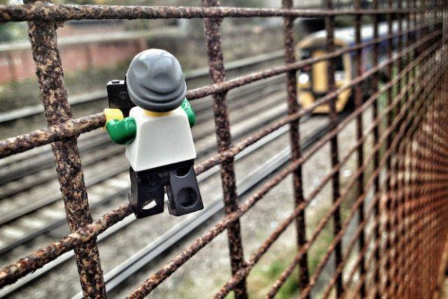 Aventurile unui omulet Lego prin Londra - Poza 7
