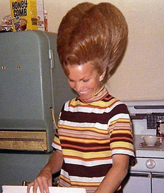 Marimea a contat mereu: Coafuri supradimensionate din anii `60 - Poza 2