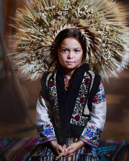 Frumusetea traditionala a femeilor ucrainiene - Poza 3