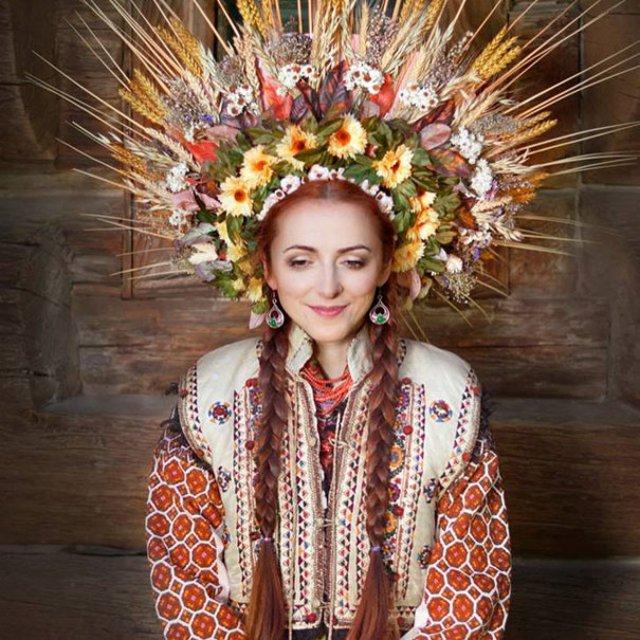 Frumusetea traditionala a femeilor ucrainiene - Poza 5