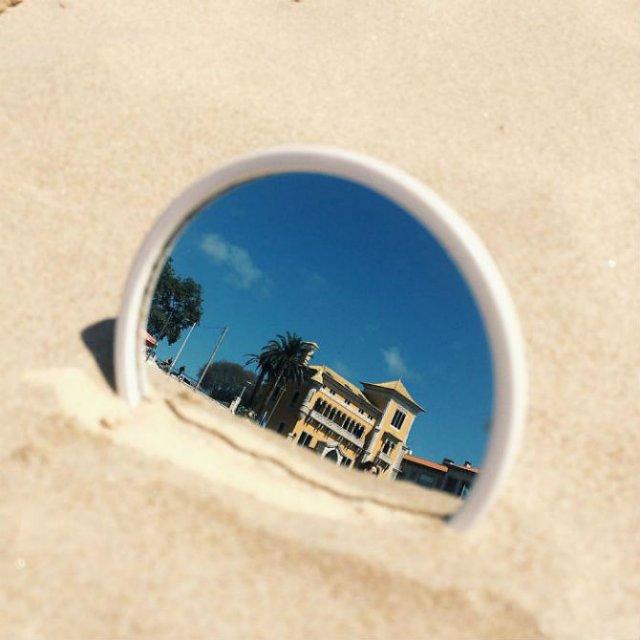 Lumea vazuta printr-o oglinda - Poza 8