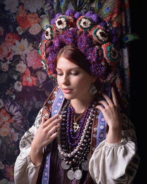 Frumusetea traditionala a femeilor ucrainiene - Poza 4