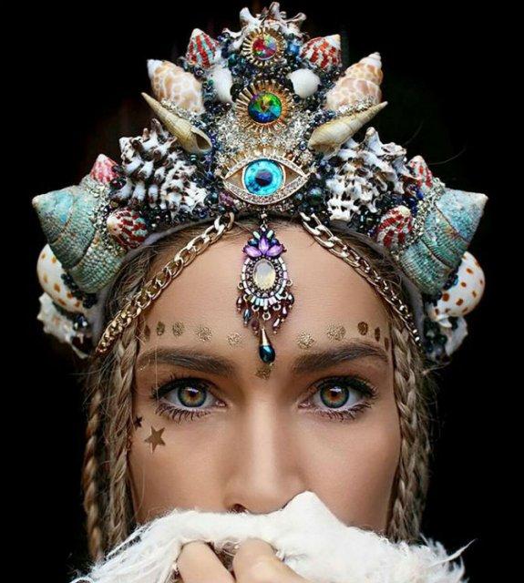 Se poarta scoicile: Coroane de sirena din cochilii - Poza 2
