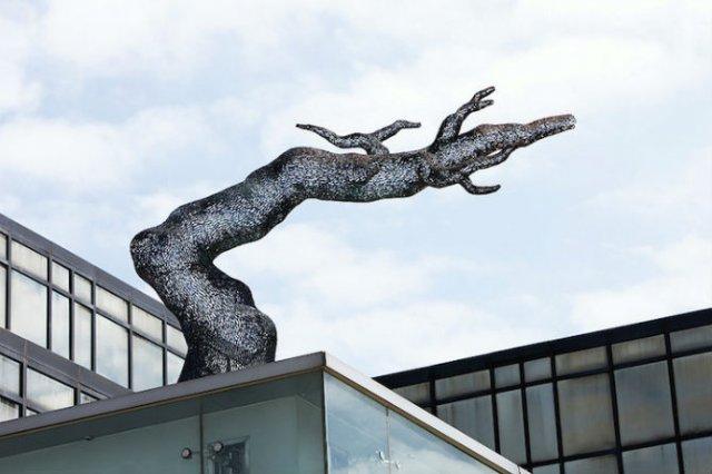 Arbori tesuti din metal, de Lee Gil Rae - Poza 5