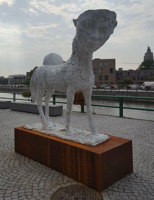 Cele mai ciudate statui din lume - Poza 11
