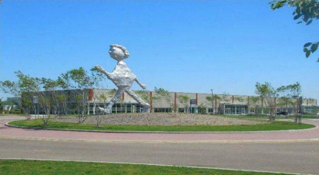 Cele mai ciudate statui din lume - Poza 10