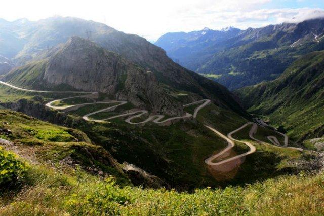 Drumuri spectaculoase din jurul lumii - Poza 8