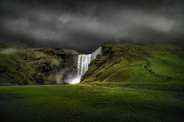 Frumusetea poetica a Islandei, in poze superbe - Poza 13
