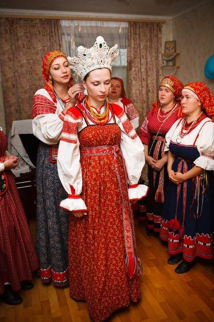 Tinute traditionale de nunta, din jurul lumii - Poza 10