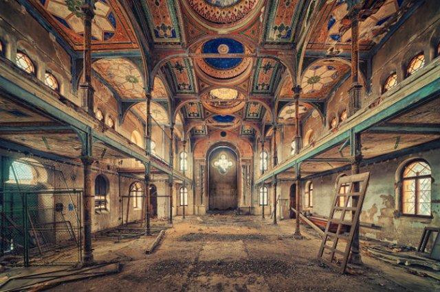 Locuri abandonate superbe, in poze fascinante - Poza 17