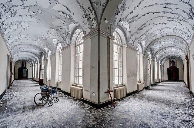 Cele mai frumoase locuri abandonate din lume - Poza 2