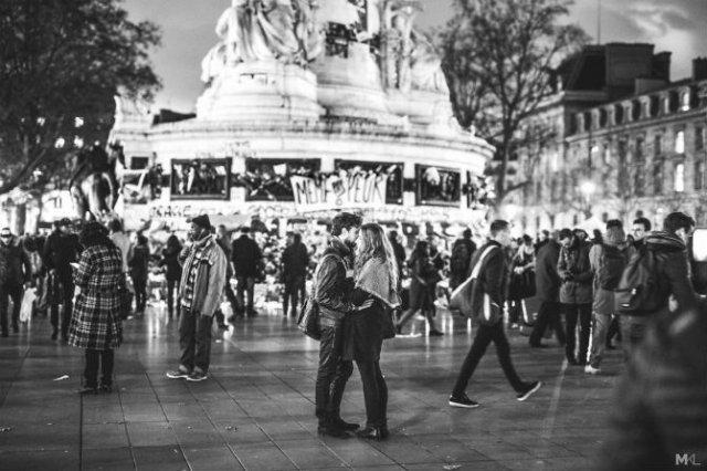 Dragoste stradala: Momente romantice, pe strazile cenusii - Poza 7