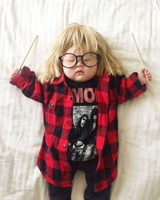 Cea mai dulce fetita, in costume haioase - Poza 4