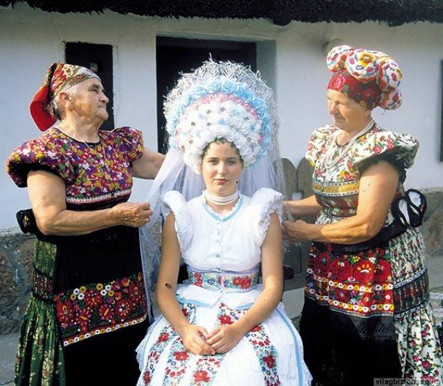 Tinute traditionale de nunta, din jurul lumii - Poza 9