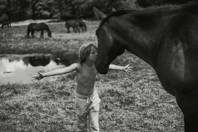 Vara la tara, intr-un pictorial nostalgic - Poza 2