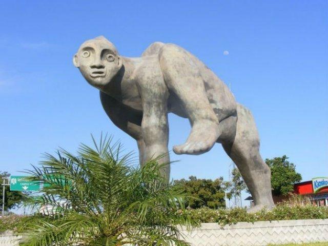 Cele mai ciudate statui din lume - Poza 6