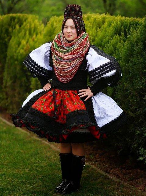 Tinute traditionale de nunta, din jurul lumii - Poza 6