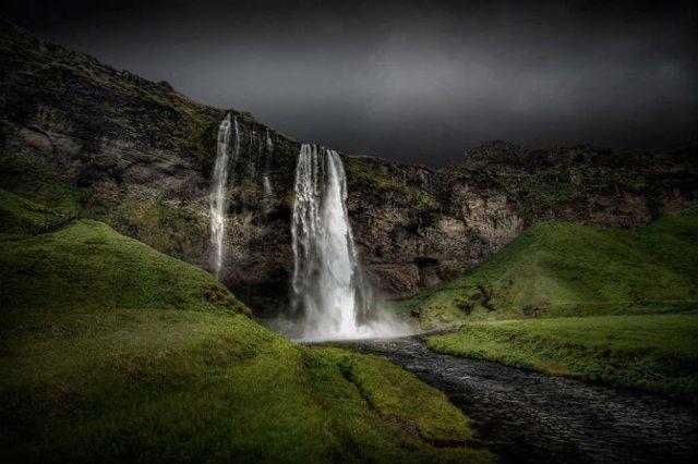 Frumusetea poetica a Islandei, in poze superbe - Poza 11