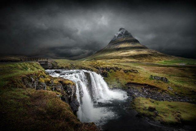 Frumusetea poetica a Islandei, in poze superbe - Poza 1
