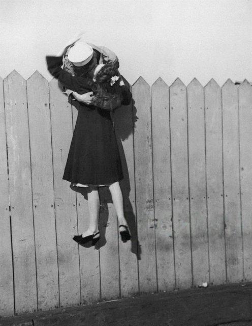 Intensitatea romantismului din timpul razboaielor - Poza 15