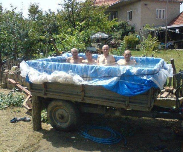 Cele mai trasnite piscine improvizate - Poza 4
