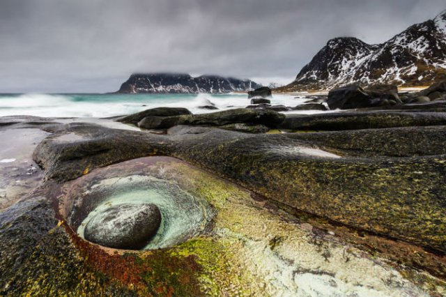 Un strop din frumusetea Norvegiei, in poze uluitoare - Poza 3