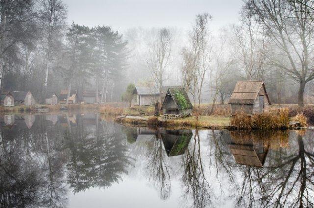 Frumosul firesc al unui sat de pescari, in poze mistice - Poza 9