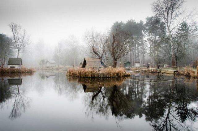 Frumosul firesc al unui sat de pescari, in poze mistice - Poza 8